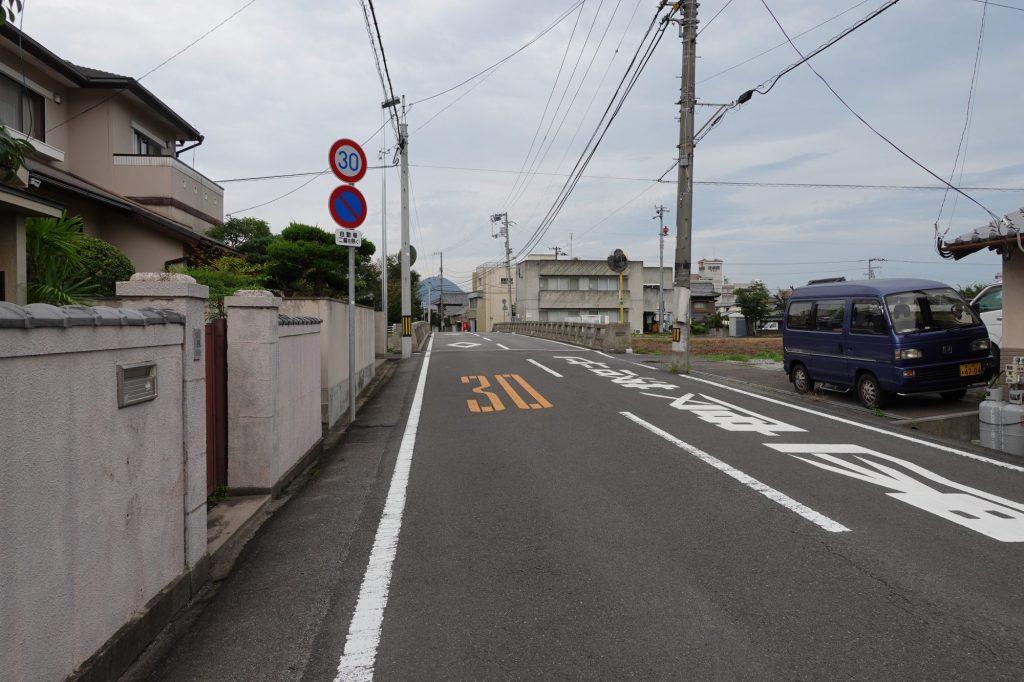 金蔵寺駅から丸亀競技場へ