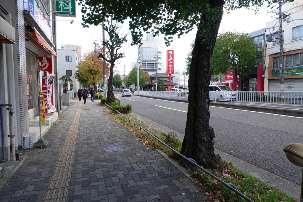 瑞穂運動場西駅近辺