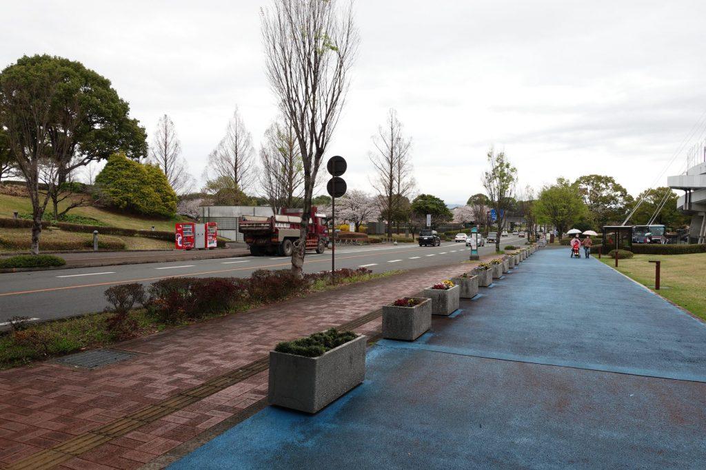 パークドーム熊本前