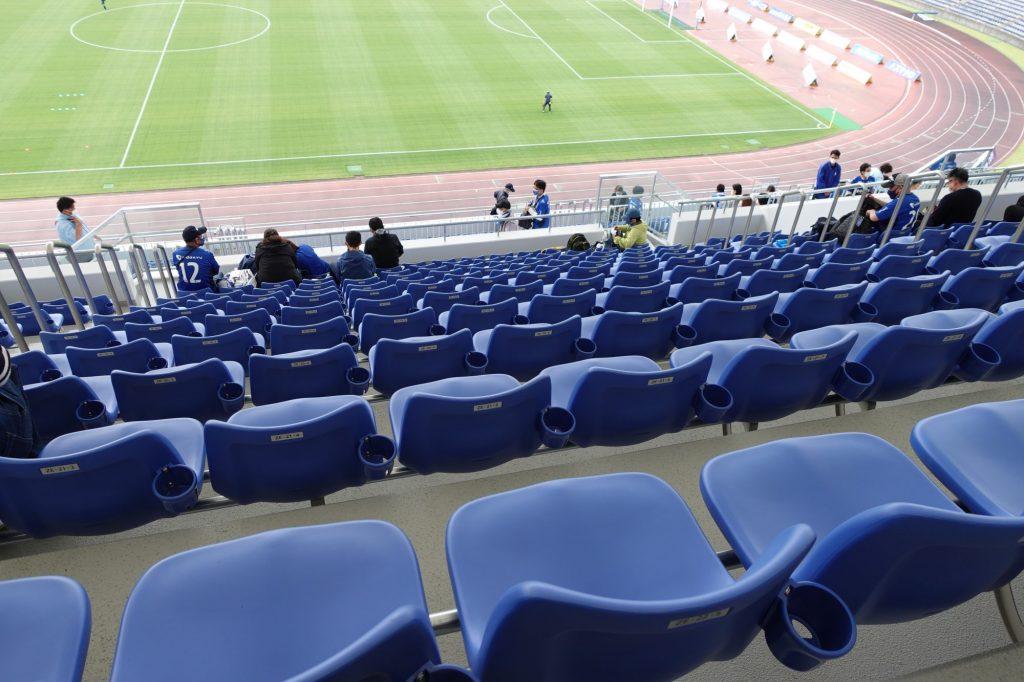 町田GIONスタジアム バックスタンドの座席