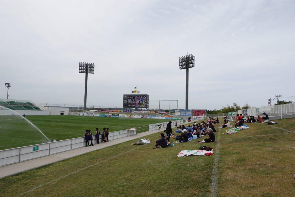 プライフーズスタジアムの芝生席