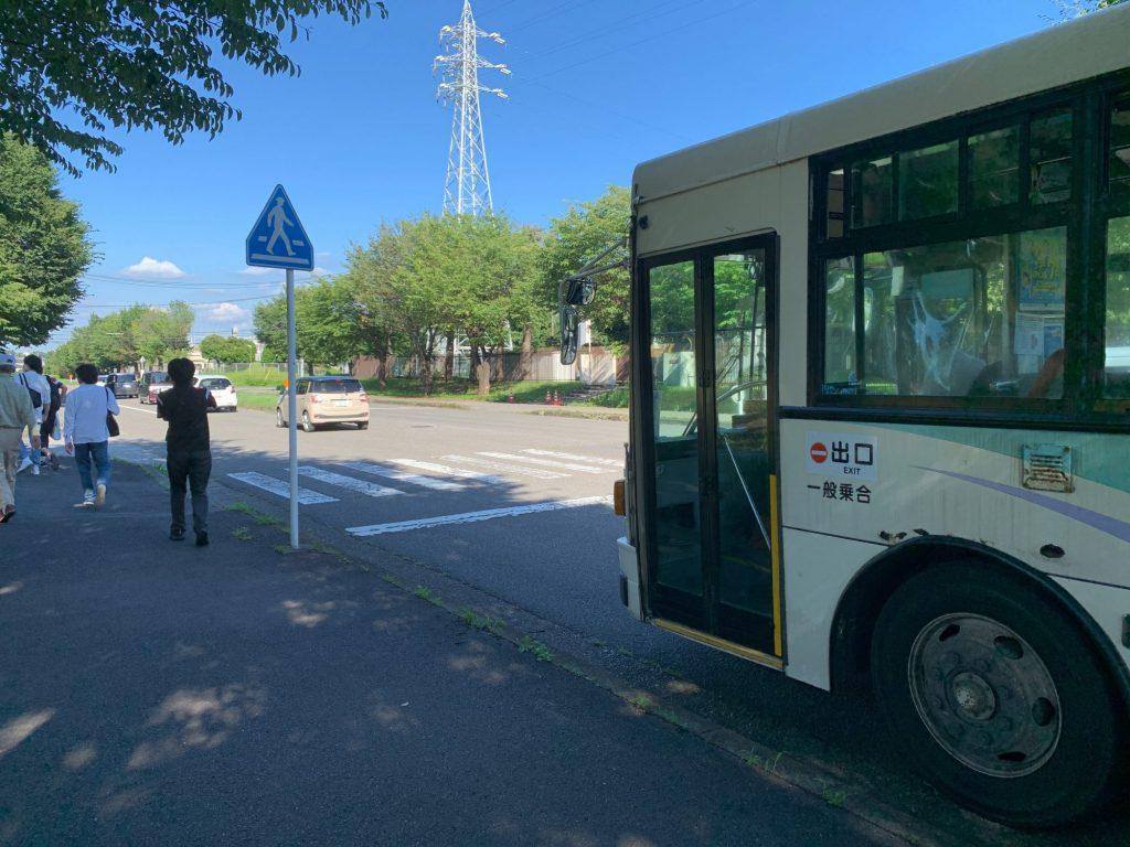 栃木県グリーンスタジアム前のシャトルバス乗り場
