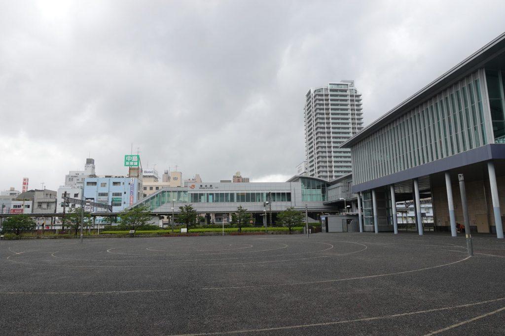 清水駅東口広場