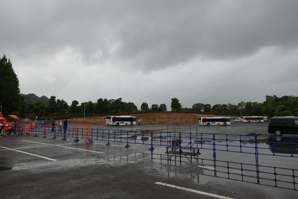 IAIスタジアム日本平前のバスロータリー
