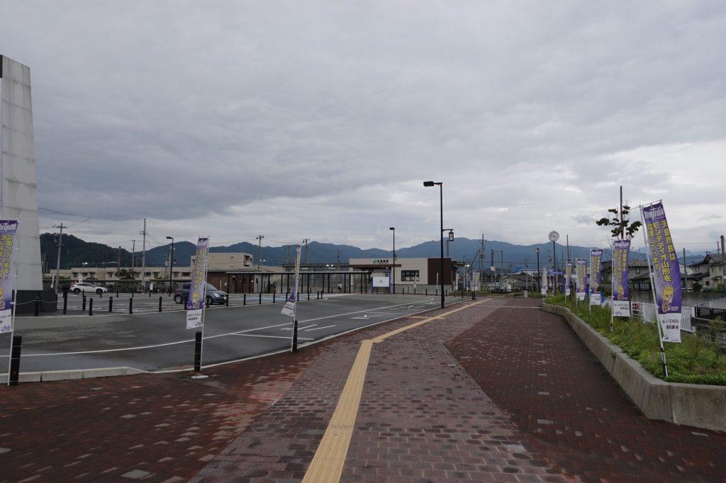天童南駅前