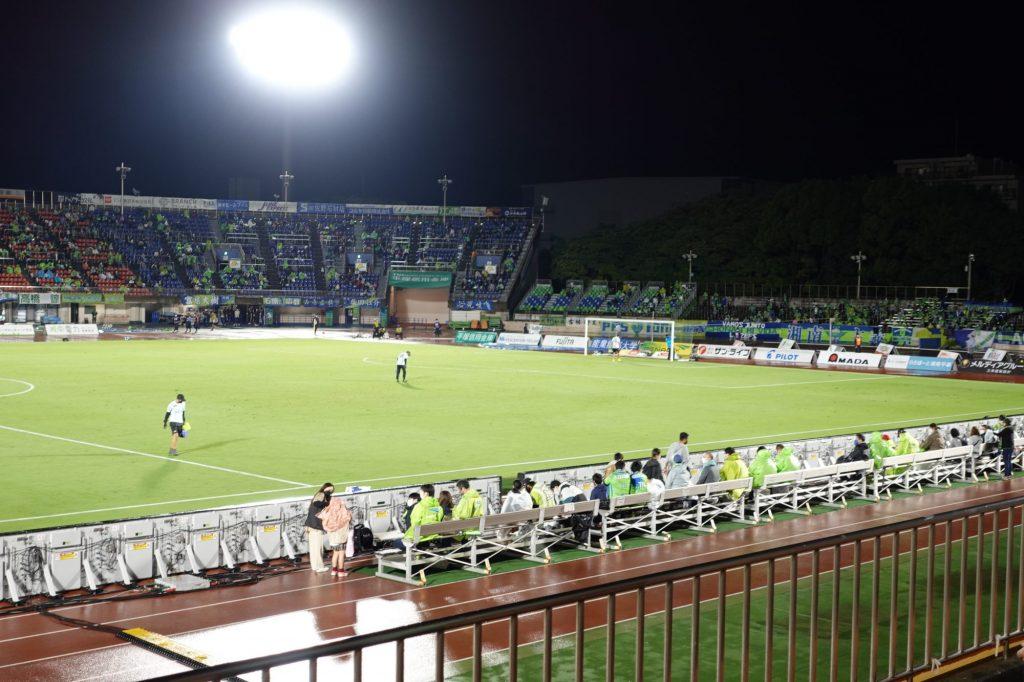 レモンガススタジアム平塚 バックスタンドから